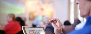 Como inscribirse para recibir Tablet gratis para AUH, Jubilados, PNC